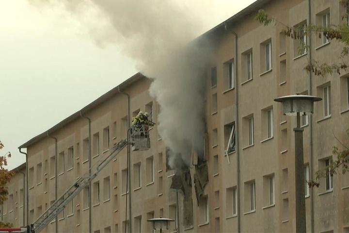 Die Fassade des Gebäudes wurde bei der Explosion stark beschädigt.