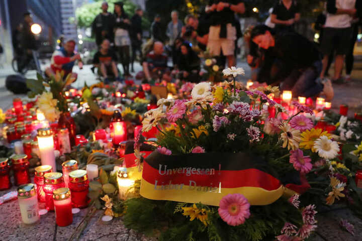 Drei Monate nach der tödlichen Messerattacke besucht Bundeskanzlerin Angela Merkel an diesem Freitag Chemnitz.