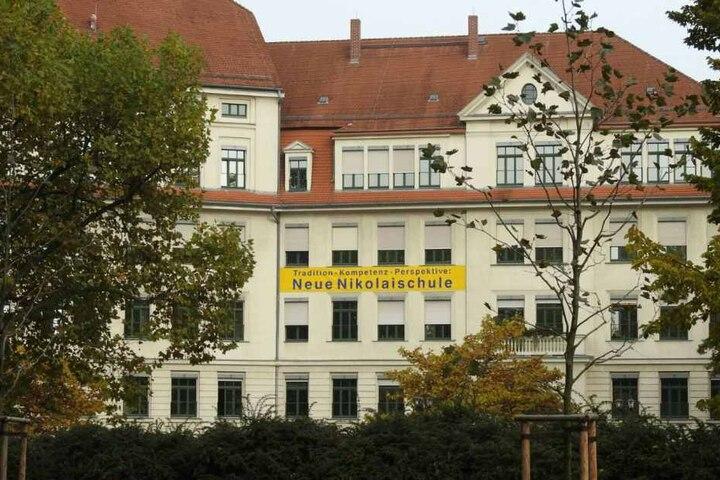 Auch die Neue Nikolaischule wurde bedroht.