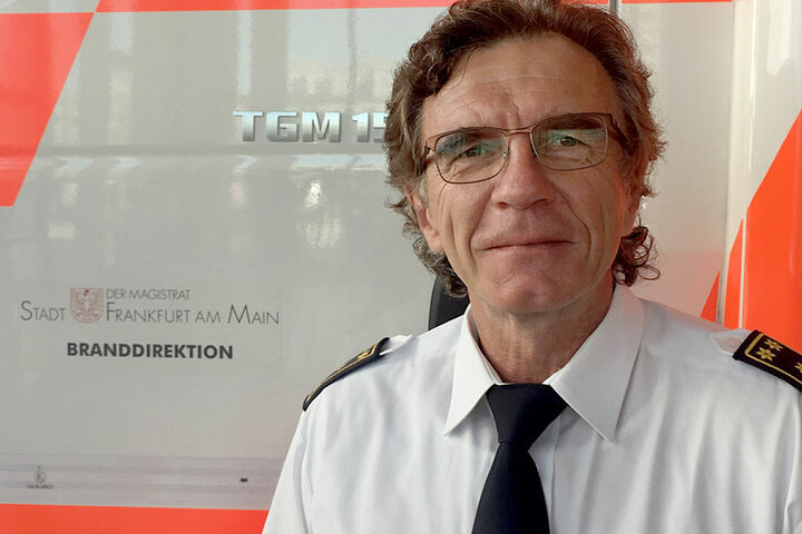 Der Leitende Branddirektor der Frankfurter Feuerwehr, Reinhard Ries.