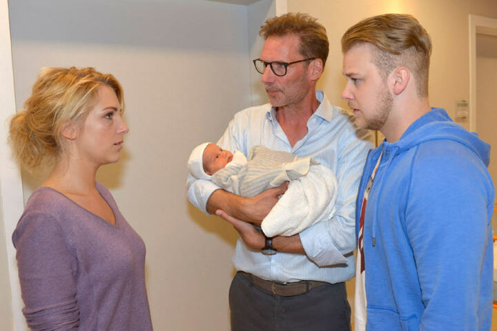 Lilly, Jonas und Alex müssen um Maren bangen.