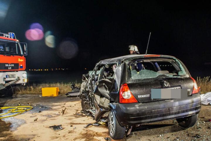 Warum die Renault-Fahrerin den entgegenkommenden Wagen übersah, wird nun ermittelt.