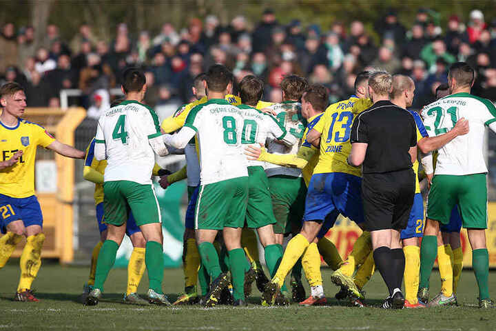 Ein Jahr zuvor warf der FCL die BSG in dessen Alfred-Kunze-Sportpark mit 1:0 nach Verlängerung aus dem Sachsenpokal-Viertelfinale.