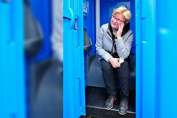 Steffi Kühn (58) aus Köthensdorf hat sich bei der R.SA-Challenge beworben und wurde ausgewählt. Sie würde das Klo gern für ihre Dackeltreffen nutzen.