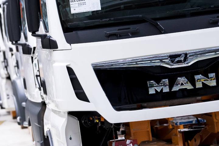 Der Lkw-Hersteller MAN muss sich in München vor dem Landgericht verteidigen.