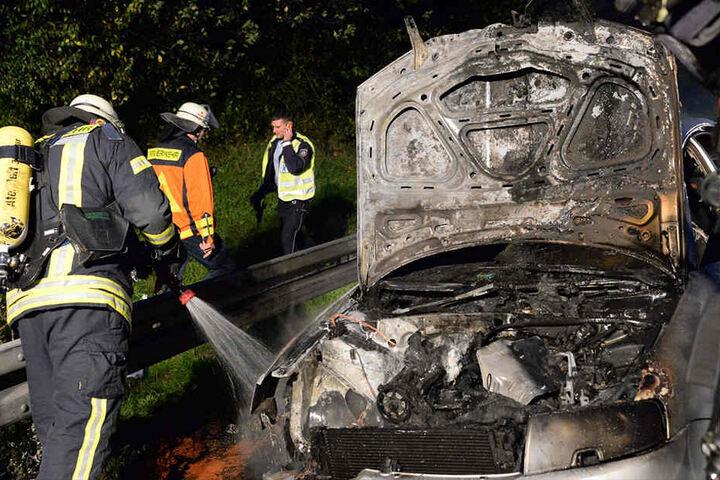 Am VW Passat entstand ein Totalschaden.