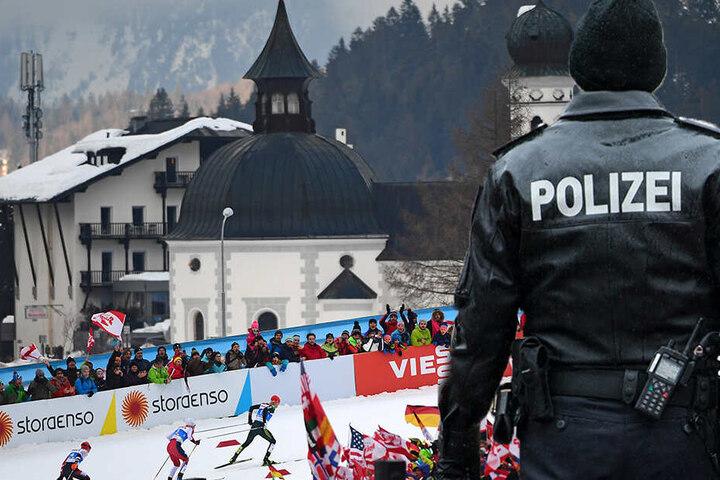 Doping-Verdacht bei der Nordischen Ski-WM in Seefeld, auch in Deutschland gab es Razzien. (Bildmontage)