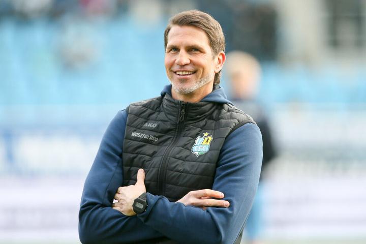 Trainer Patrick Glöckner hat derzeit viel Spaß mit seiner Mannschaft, die in den vergangenen sieben Partien nur ein Mal als Verlierer vom Rasen ging, beim 3:4 in Mannheim.