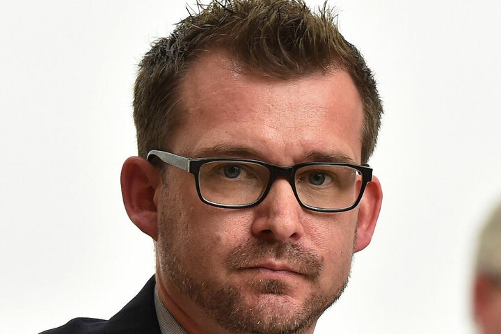Raoul Schmidt-Lamontain (40).