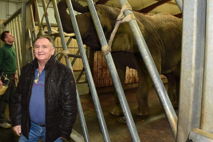 Mario Müller-Milano und seine Sawu: Der Circus-Direktor ist jetzt stolzer Elefanten-Pate.