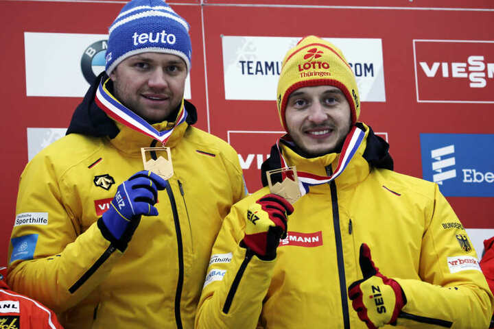 Die Wahl zur Mannschaft des Jahres ist eine große Ehre für die Rennrodler Toni Eggert (links) und Sascha Benecken.