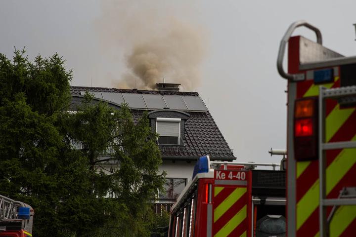 In Kelkheim kam es nach einem Blitzeinschlag zu einem Dachstuhlbrand.