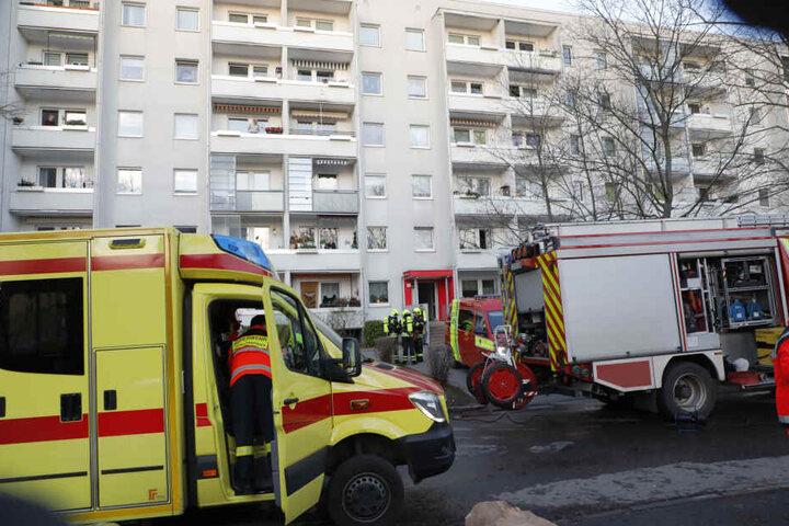 Bei dem Kellerbrand in Chemnitz wurden sechs Personen verletzt.