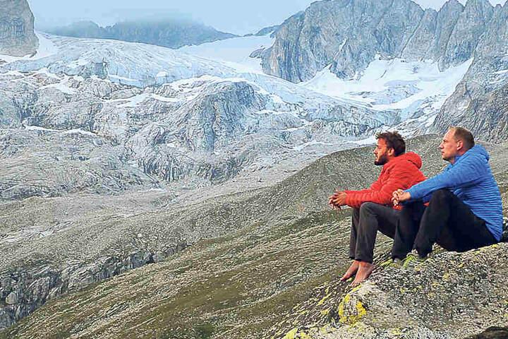 William Ruzek und Sascha Eichelkraut testeten ihre Kleidung in den Alpen.