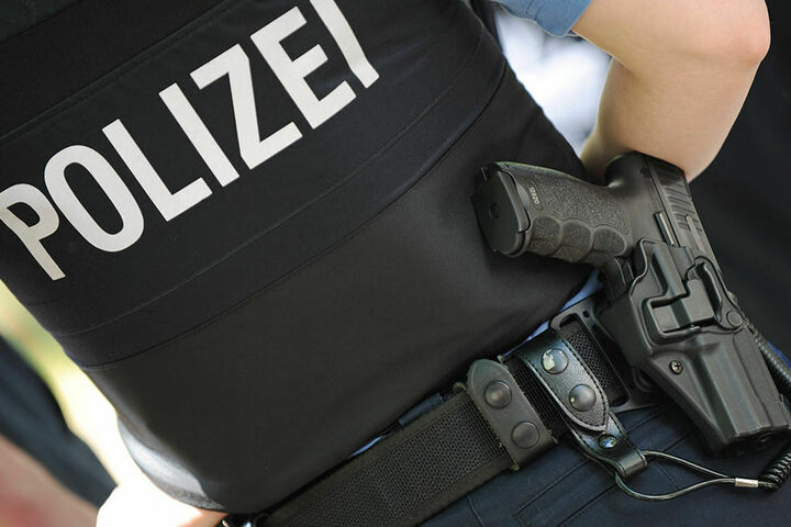 Die Polizei sucht Zeugen zu dem Unfall. (Symbolbild)