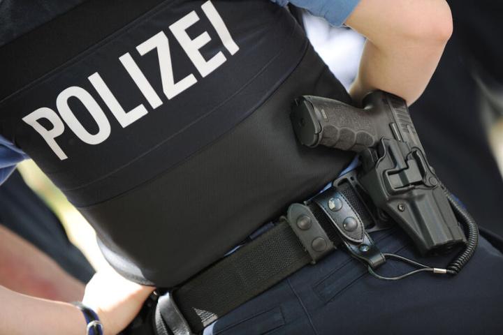 Die Polizei traf den Fahrschüler mit seinem Vater Zuhause an (Symbolfoto).