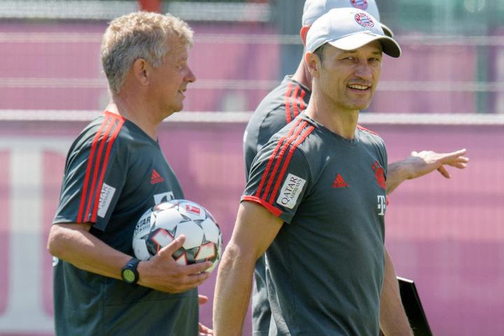 Niko Kovac setzt beim Supercup gegen Eintracht Frankfurt auf technische Hilfsmittel.