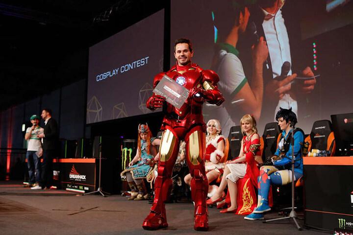 """Mit seinem selbst gebastelten """"Ironman""""-Kostüm gewann Rocco Zschuppe (32) bei der """"Dreamhack"""" in Leipzig den ersten Preis."""