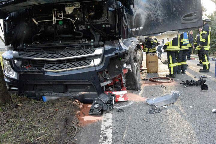 Der Lkw-Fahrer (34) blieb unverletzt.
