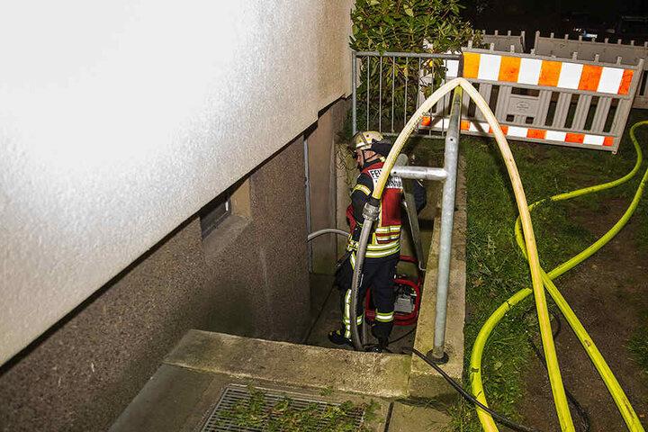 Das Feuer war schnell unter Kontrolle der Feuerwehrmänner.