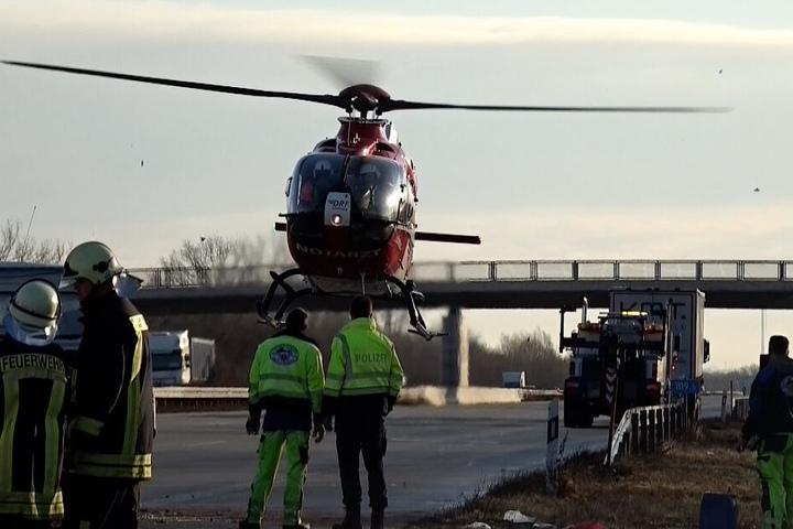 Vier Personen wurden teilweise schwer verletzt.
