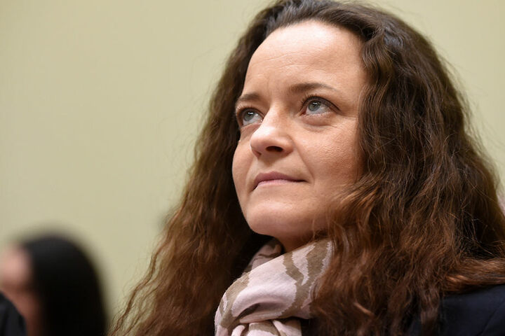 Eine Freundin von Beate Zschäpe könnte laut Medienberichten in den Bombenanschlag von Nürnberg 1999 verwickelt gewesen sein.