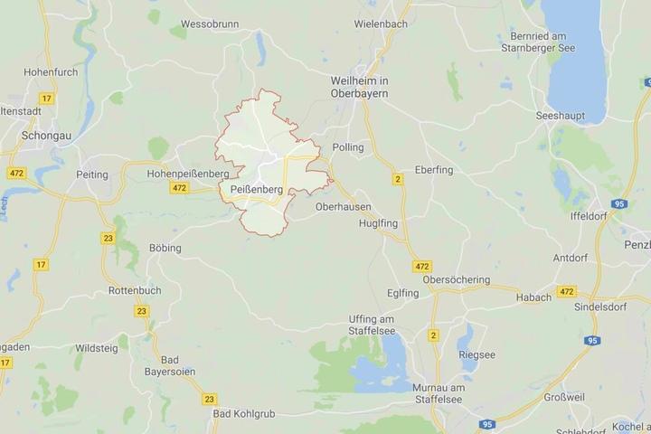 Bei Peißenberg im Landkreis Weilheim-Schongau in Bayern ist es zu einem schweren Unfall gekommen.