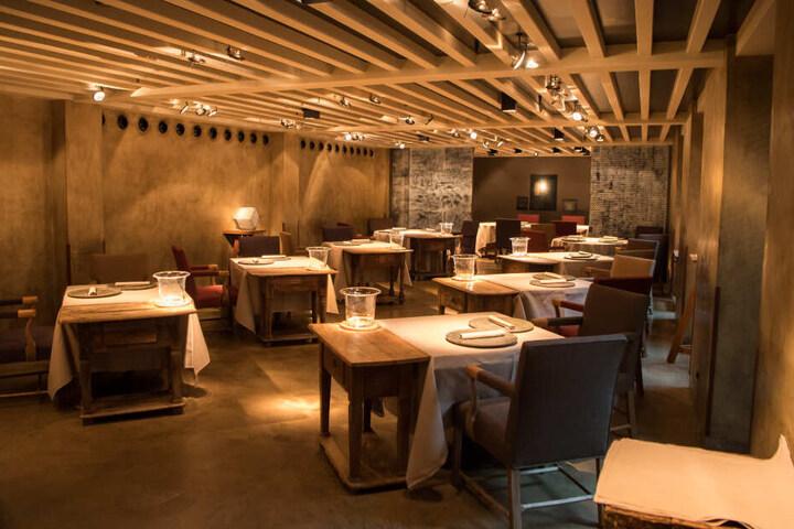 """Das Restaurant """"Atelier""""im Hotel «Bayerischer Hof» in München unter der Leitung von Jan Hartwig ist mit drei Sternen ausgezeichnet."""