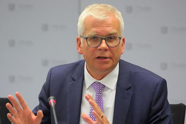 Bildungsbürgermeister Hartmut Vorjohann (53, CDU).