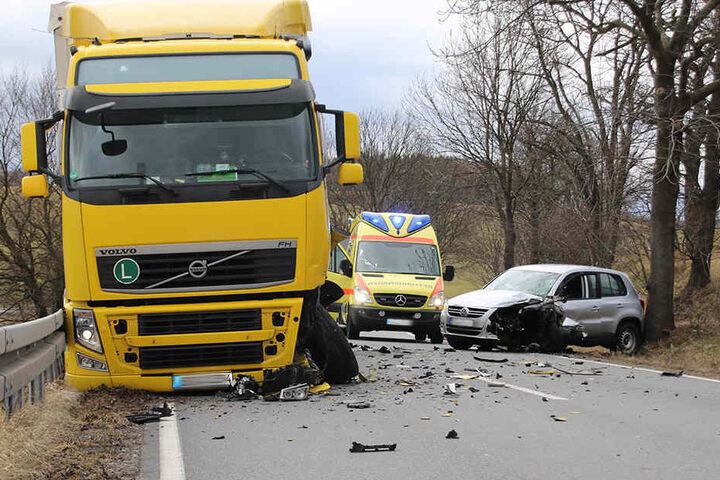 An beiden Fahrzeugen entstand ein erheblicher Schaden.