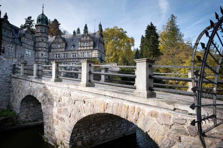 ...das Schloss Hämelschenburg, ...