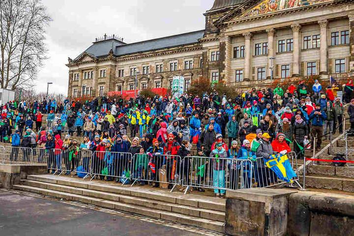 Der Weltcup zog leider nur knapp 3000 Zuschauer ans Elbufer.