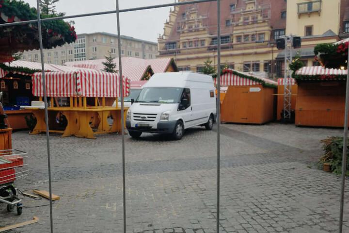 Seit einigen Jahren wird mit der Polizeidirektion Leipzig ein Sicherheitskonzept für den Weihnachtsmarkt erstellt.