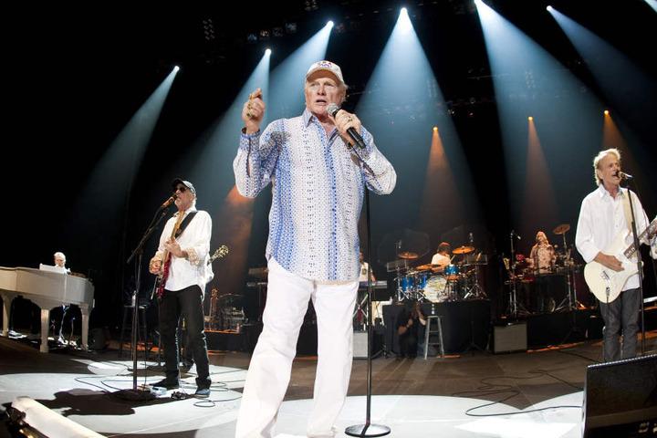 The Beach Boys spielen im Juni 2017 ihr einziges Konzert im Osten in der  Stadthalle Zwickau.