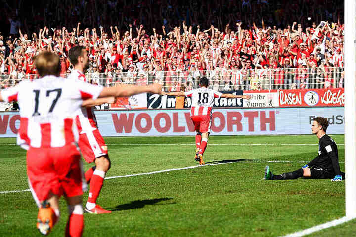 Der Dosenöffner: Kenny Prince Redondo erzielt die Führung für den 1. FC Union Berlin, der sich den Klassenerhalt durch einen 3:1-Sieg gegen den VfL Bochum sichern konnte.