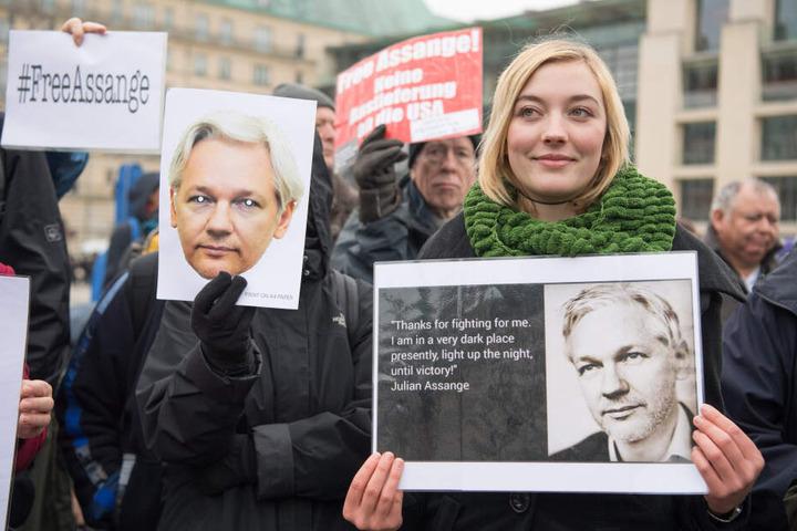 Julian Assange sitzt aktuell in London in Haft.