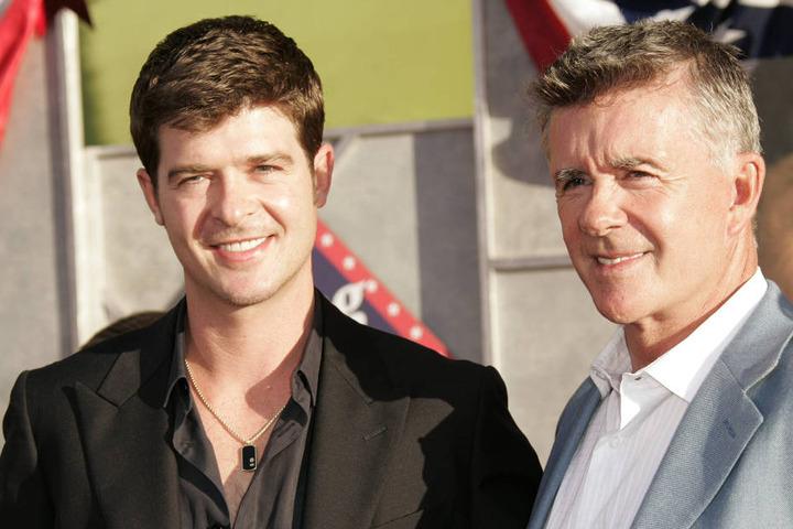 """Sein Sohn, Sänger Robin Thicke (39, """"Blurred Lines"""") trauert um seinen Vater."""