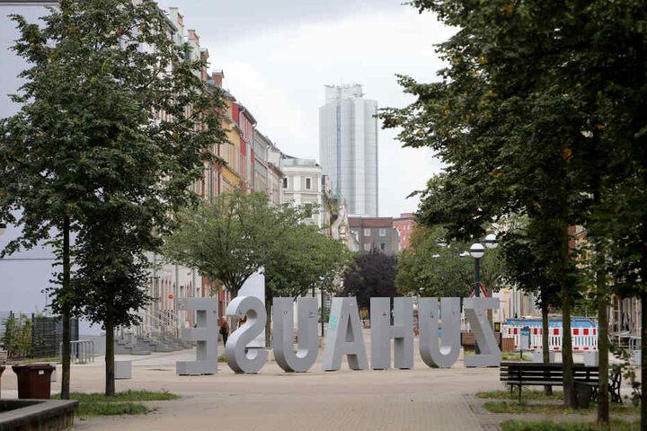 Der Brühl entwickelt sich zum künstlerischen Zentrum der Stadt.