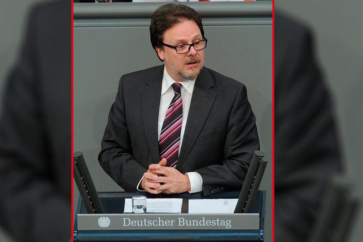 Frank Heinrich (54, CDU) ist mittlerweile Profi im Reden halten. Seine erste hätte er fast verpennt.