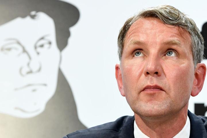 Höcke ist Vorsitzender der AfD in Thüringen, ist neues Mitglied im Kreistag.