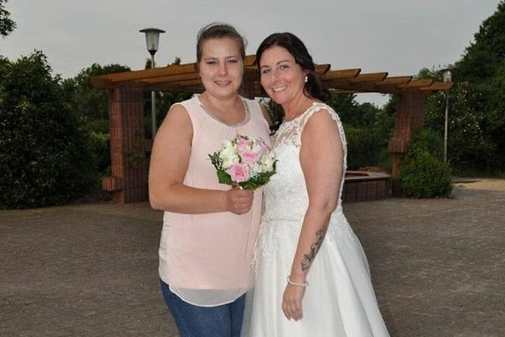 Sarafina Wollny auf der Hochzeit einer guten Freundin.