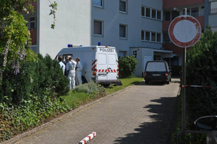 Die Leichen wurden am Montagmorgen in Bergheim (NRW) gefunden.