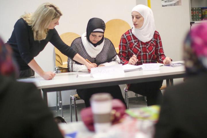 Integrationskurse sind für eine gelungene Integration von großer Bedeutung. (Symbolbild)