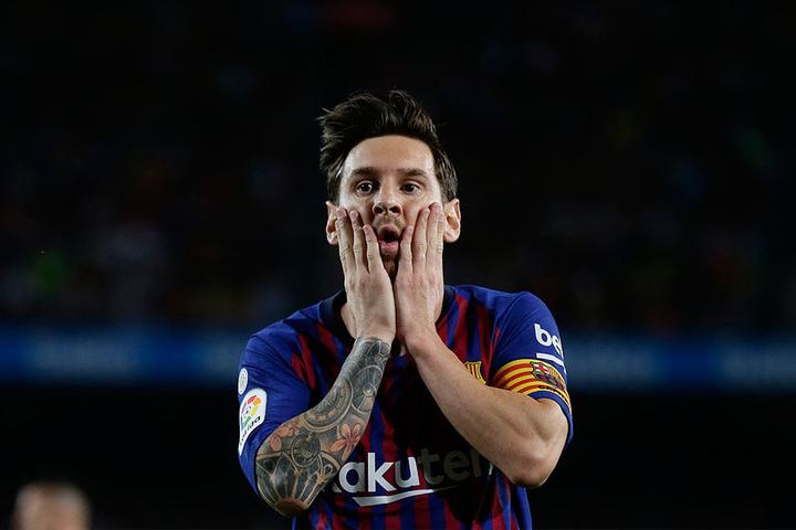 Lionel Messi, der den Titel in den vergangenen zehn Jahren mit Ronaldo unter sich ausgemacht hatte, schaffte es erstmals seit 2006 nicht in die Top 3.