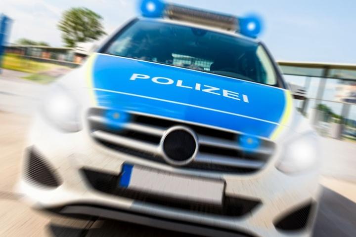 Die Polizei sucht weiter nach dem unbekannten Täter. (Symbolbild)