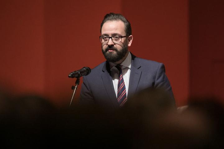 Justizminister Sebastian Gemkow (38, CDU) soll den Fall Arnsdorf umfassend  aufklären, fordern die Grünen.