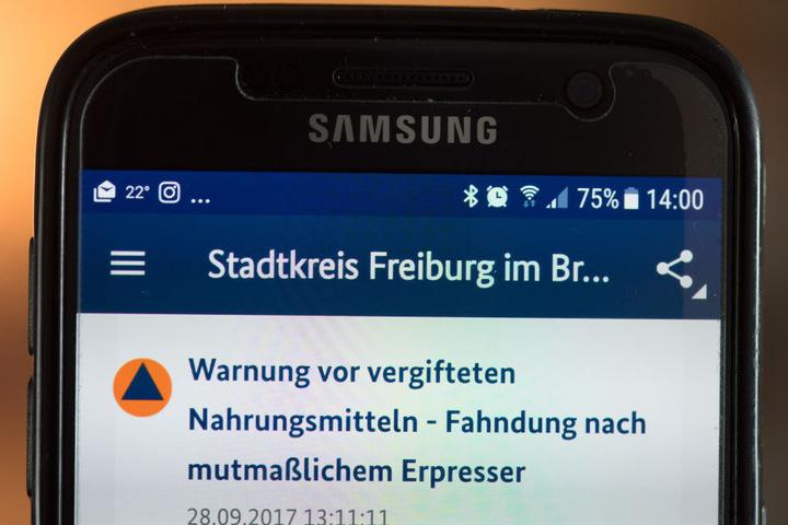 """Mittels der Handy-App """"Katwarn"""" verschickten die hessischen Behörden die Warnung."""