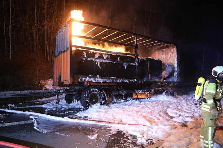 Was genau den Brand ausgelöst hatte, muss noch ermittelt werden.