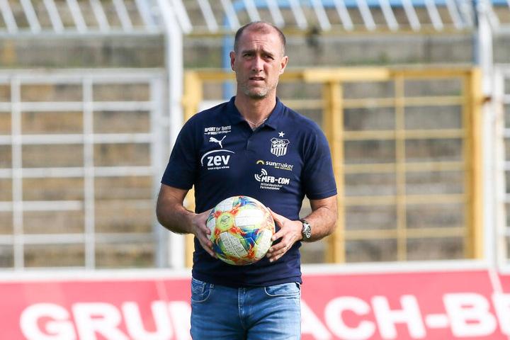 FSV-Trainer Joe Enochs.