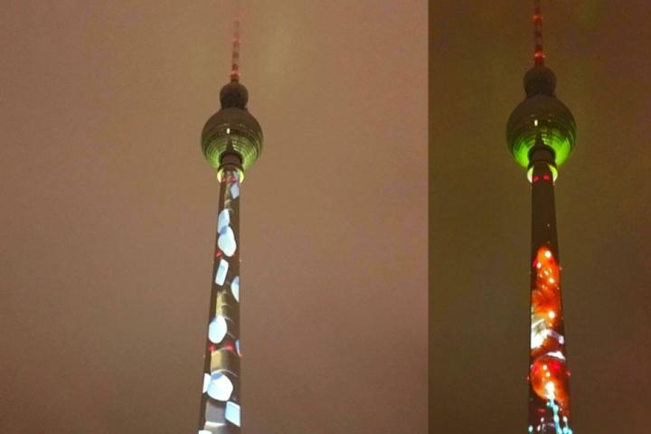Auch der Fernsehturm wechselt kurzfristig sein farbiges Kleid.